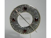 Skye Annular Brooch